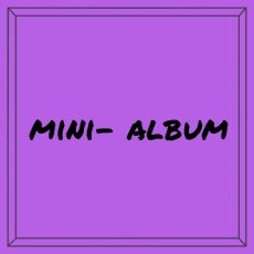 Mini-album / scrapbook album